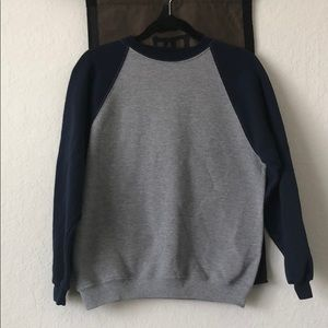 Blue/gray sweatshirt